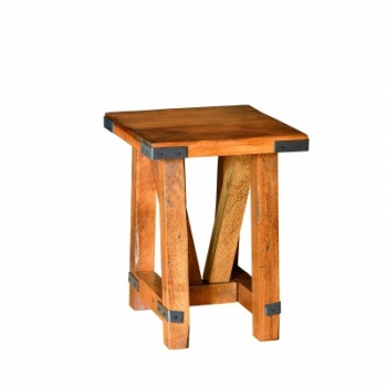 "CCC-441 Olde Farmstead Chairside End Table 20""D x 19.25""L x 24""H"