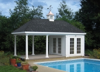 Poolhouse With Columns
