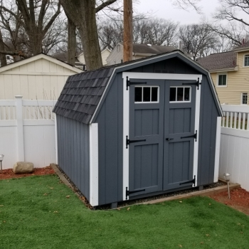 8x10 Deluxe Mini Barn With Tansom Windows