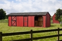 10x28 Run-in Stall Combo Black Shingles Red paint, Black Trim