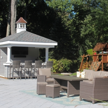 """12x12 Siesta with vinyl siding, 3' over hang and 18"""" house coupola with windows and concave copper top"""