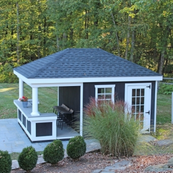 10x12 Siesta with T-1-11 siding with royal trim bar front