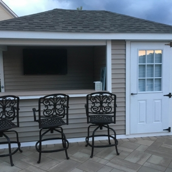 10 x 14 Siesta with vinyl siding, extended wall, custom layout