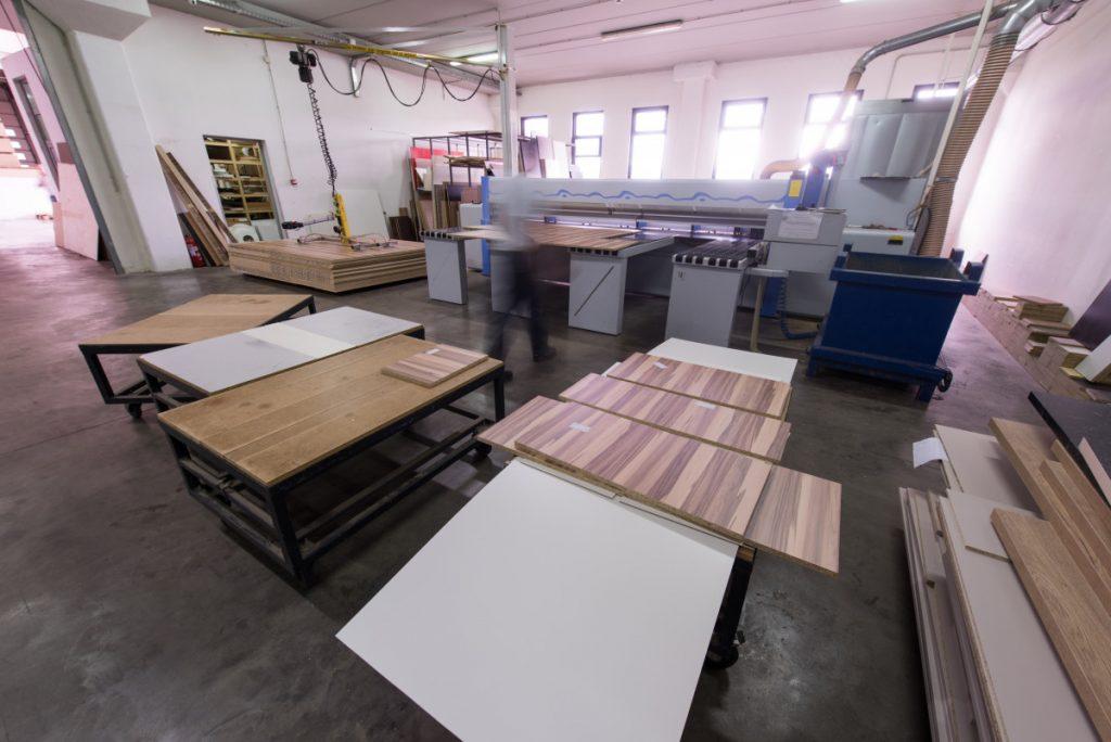 amish-furniture-1024x684
